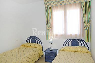 Apartamento en alquiler con piscina pla del mar teulada for Apartamentos en torre del mar con piscina