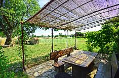 House for rent 2.5 km from the beach Istria