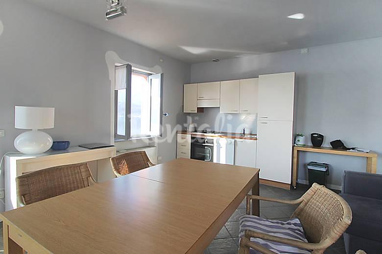 Appartamento in affitto novara orta san giulio novara for Appartamenti in affitto a novara arredati