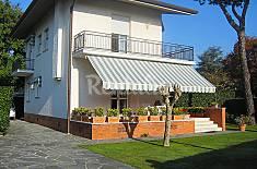 Villa per 7 persone a 1280 m dalla spiaggia Lucca