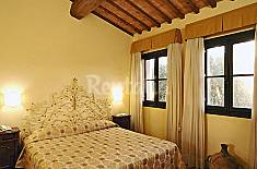 Villa for 4 people with swimming pool Florence