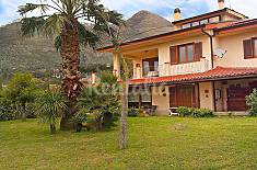 House for 6 people 2.5 km from the beach Latina