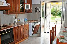 Villa for 10 people 6.5 km from the beach Latina