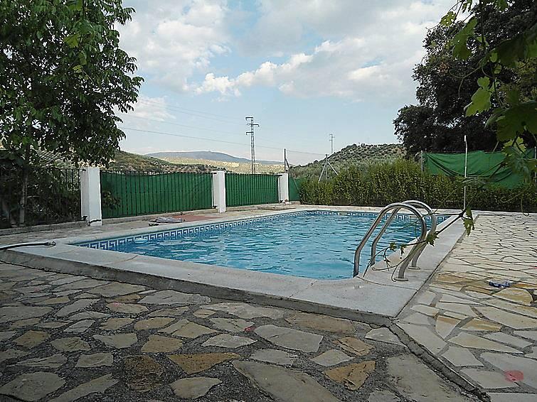 Villa para 12 personas con piscina milanos montefr o for Piscina publica alhendin granada