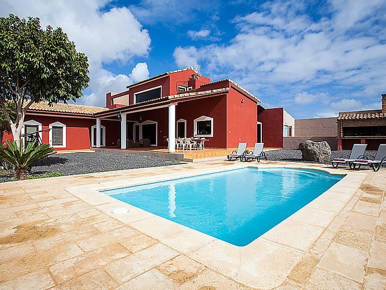 Villa en alquiler con piscina tetir puerto del rosario for Villas con piscina privada en fuerteventura