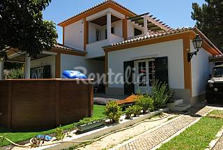 Villa for 6-8 people only 1500 meters from the beach Setúbal