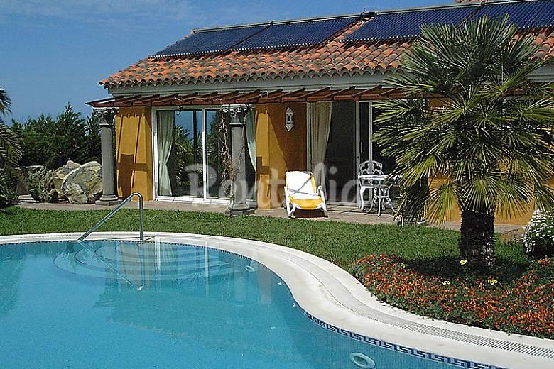 Casa en alquiler con piscina jardin del sol las toscas for Casa con jardin alquiler
