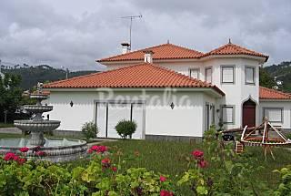 Villa pour 10 personnes à 500 m de la plage Viana do Castelo