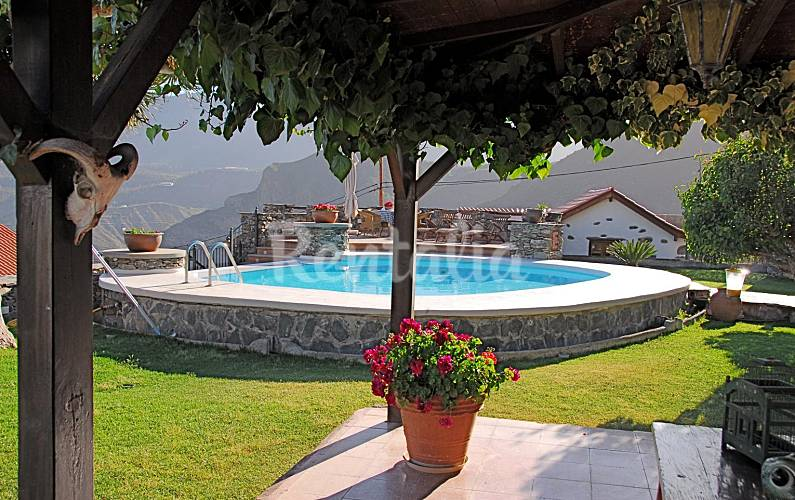 4 casas rurales para 2 16 personas con piscina lomito de for Casa rural el jardin de san bartolome