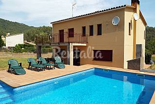 Villa for 10 people with private swimming pool Girona