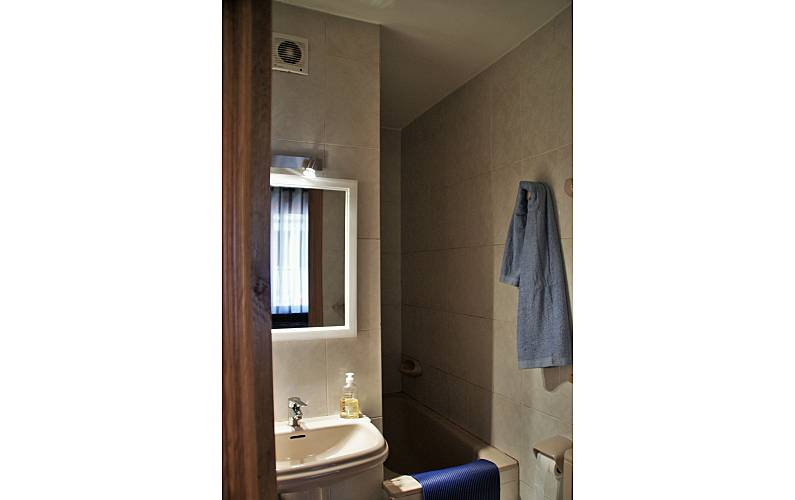 Apartment Bathroom Encamp Apartment - Bathroom
