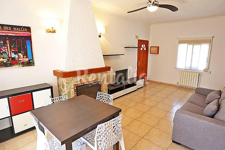 Casa en alquiler a 600 m de la playa vilafortuny cambrils tarragona costa dorada - Alquiler casas vacacionales costa dorada ...