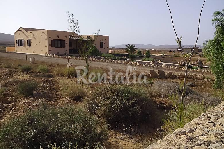 Vivienda vacacional 3 habitaciones a 12 km playa llanos - Vivienda puerto del rosario ...