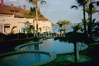 House for rent on the beach front line Alicante