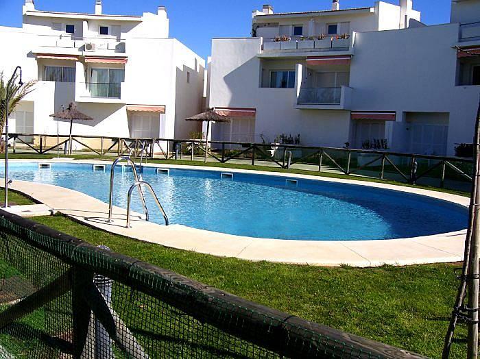 Apartamento para 4 5 pessoas a 1000 m da praia - Rentalia islantilla ...