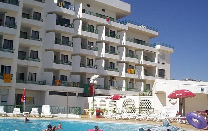 Mágnificos apartamentos a 250 metros da praia Algarve-Faro - Piscina