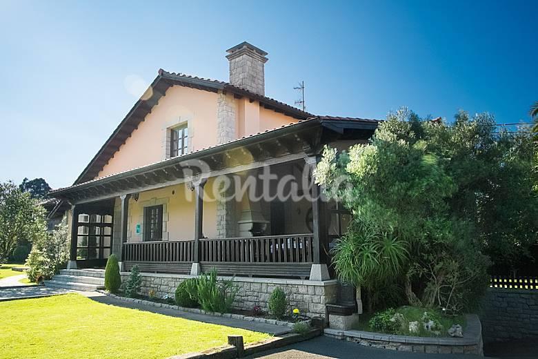 Casa rural con jard n wifi y cercana a la playa naves for Casa jardin asturias
