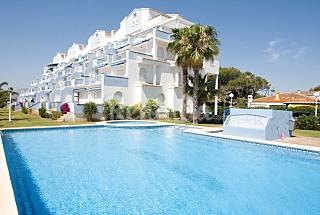 Apartment for 6 people on the beach front line Alicante
