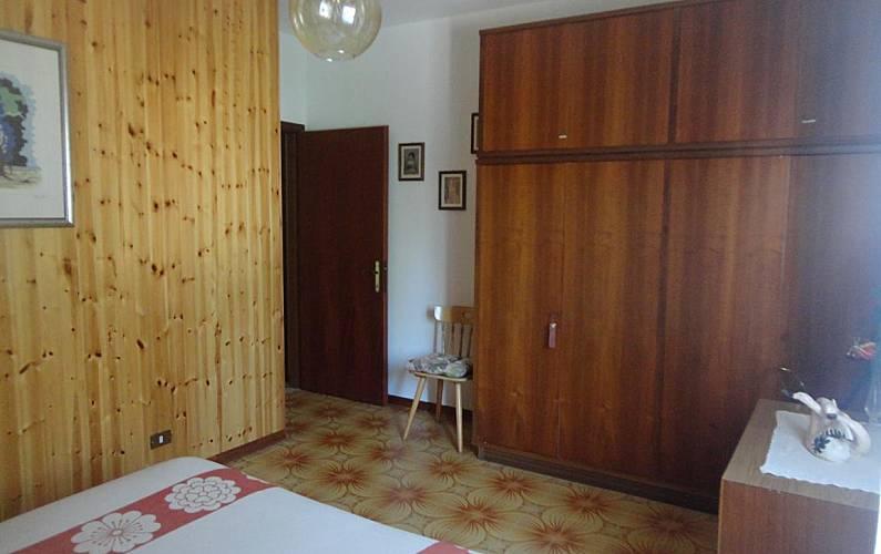 Confortevole casa con camino ai piedi del cimone for Piano terra di 380 piedi quadrati
