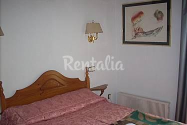 Apartment Bedroom Huesca Benasque Apartment