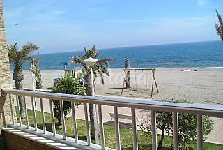 Apartamento para 4 personas en 1ª línea de playa Almería