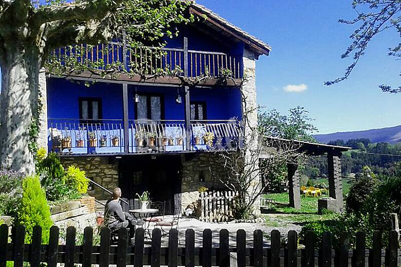 Alquiler vacaciones apartamentos y casas rurales en gatika vizcaya bizkaia - Casas alquiler castro urdiales ...