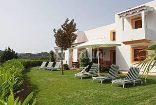 Villa vistas al mar y a la montaña, 50 m playa Ibiza/Eivissa