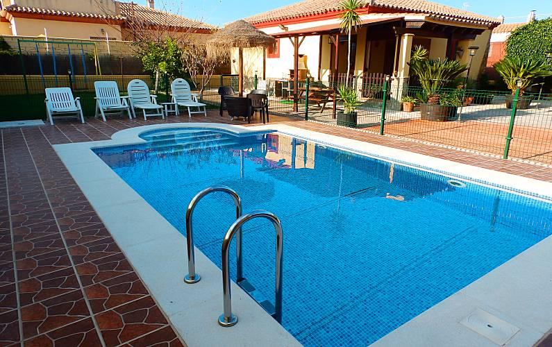 84f3ad426b583 Casa rural con piscina privada cerca de la playa Cádiz - Jardín