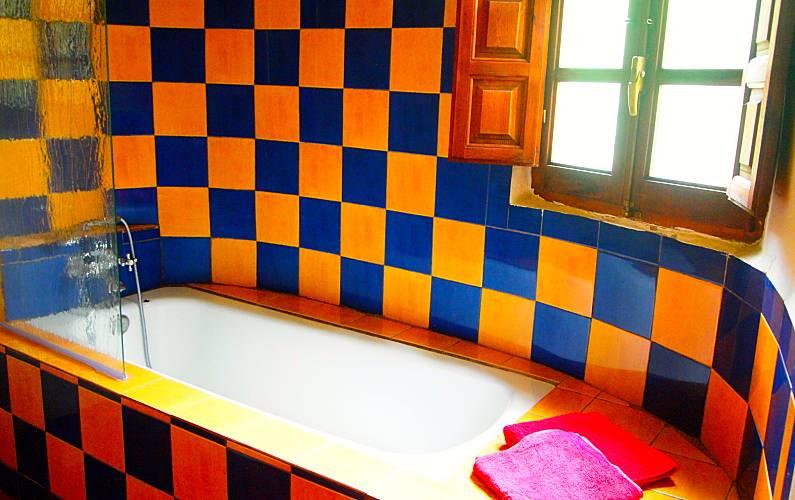 Andalusí-style Bathroom Granada Lanjarón Apartment - Bathroom