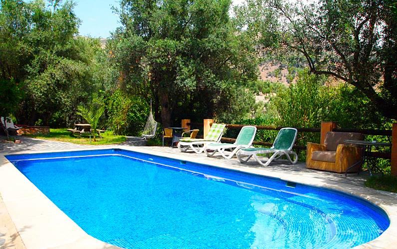 Andalusí-style Studio apartment LA ERA sleeps 2-3 Granada - Swimming pool