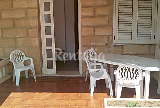 Apartamento en alquiler en 1a línea de playa Crotona
