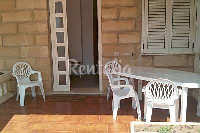 Apartamentos en alquiler en 1a línea de playa Crotona