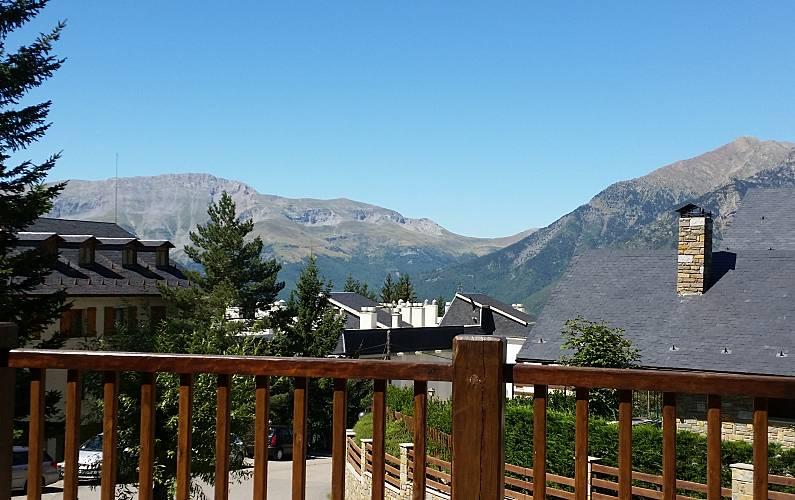 Apartment Views from the house Huesca Benasque Apartment - Views from the house