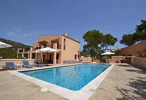 Villetta con piscina, vicino alla spiaggia Ibiza