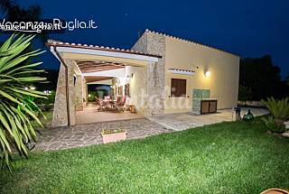 Villa for rent 8 km from the beach Brindisi