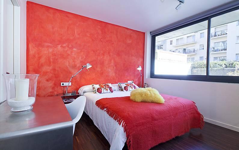 Moderno duplex con jard n privado y piscina barcelona - Habitacion para alquilar en barcelona ...