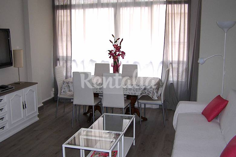 Apartamento de 2 habitaciones a 300 m de la playa llanes for Llanes habitaciones