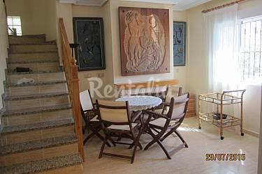 Casa com 4 quartos a 1 8 km da praia dehesa de campoamor for Sala 8 y medio alicante