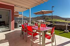 Villa con piscina climatizada en campo de golf Gran Canaria