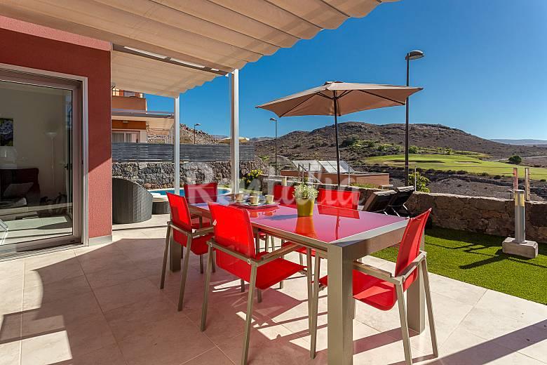 Villa con piscina climatizada en campo de golf el - Villas en gran canaria con piscina ...