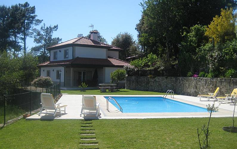 Villa with 3 bedrooms with swimming pool Aveiro - Outdoors