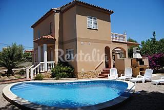 Casa de 4 habitaciones a 2.9 km de la playa Tarragona