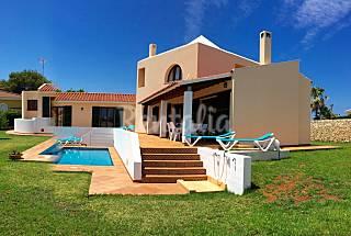 Villa de 4 habitaciones a 250 mts de la playa Menorca