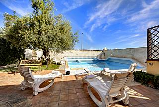 Villa with 4 bedrooms only 400 meters from the beach Ragusa