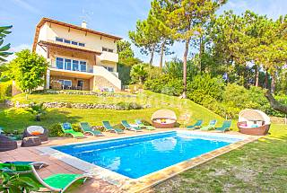 Villa with 7 bedrooms only 870 meters from the beach Setúbal