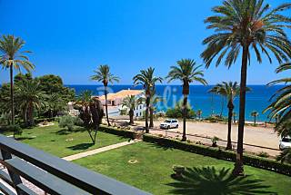 Apartment with lovely sea views in Miami Playa Tarragona