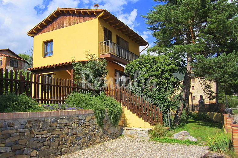 Casa familiar en la monta a con jardin privado vilada - Casas pirineo catalan ...