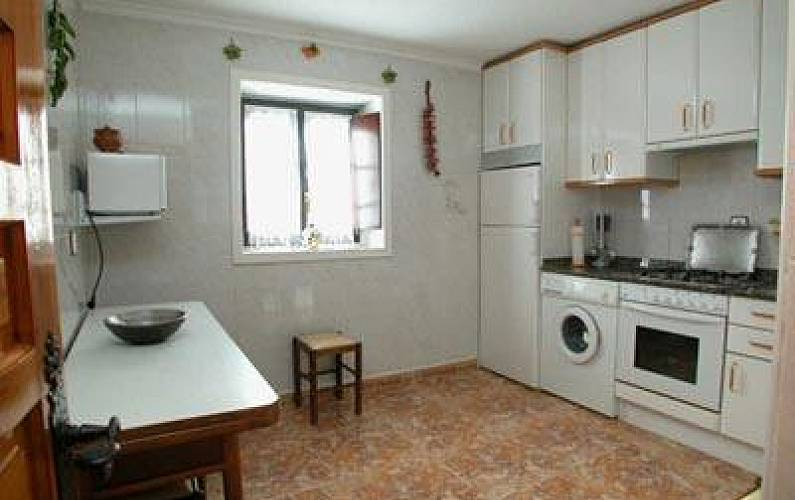 Apartamentos turisticos extrahoteleros el burby somo ribamont n al mar cantabria costa de - Apartamentos turisticos cantabria ...