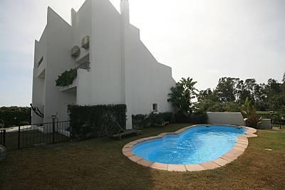 Villa in affitto con piscina a 30 m dalla spiaggia Cagliari