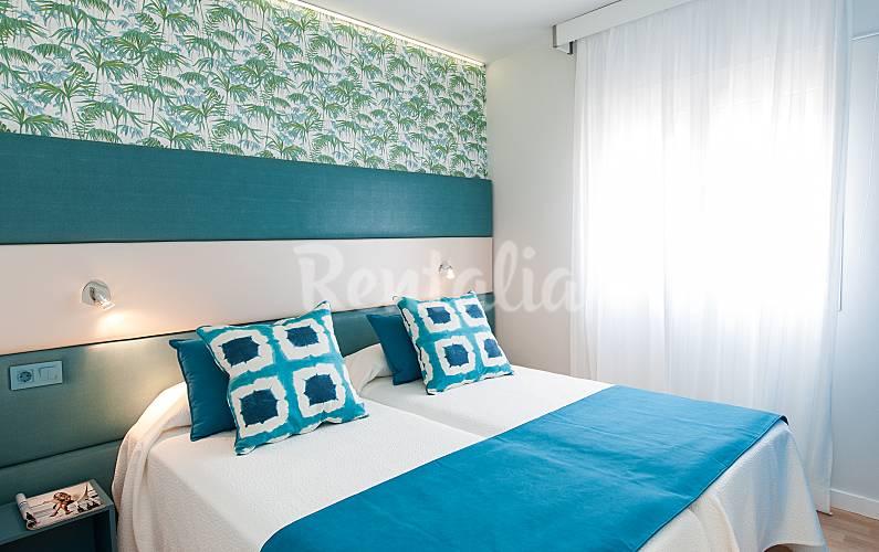 19 apartamentos a 100 m playa de las canteras las palmas de gran canaria gran canaria - Apartamentos baratos en las canteras ...